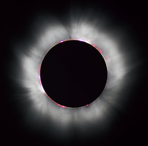 609pxsolar_eclips_1999_41999811